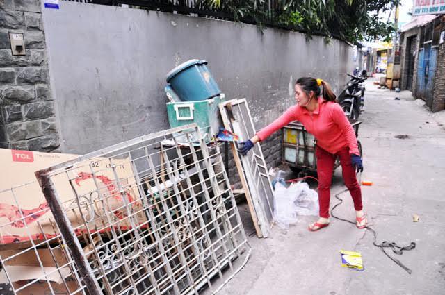 """""""Triệu phú"""" ve chai TP.HCM sắp được nhận 1 triệu Yên - 2"""