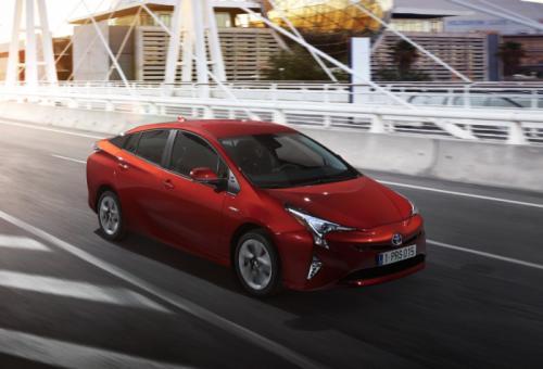 Toyota Prius thế hệ thứ tư siêu tiết kiệm 2,5 lít/100km - 4