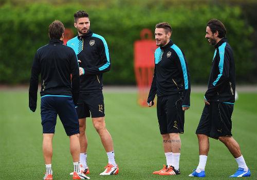 "Cup C1: Arsenal tự tin làm Lewandowski ""tắt điện"" - 9"