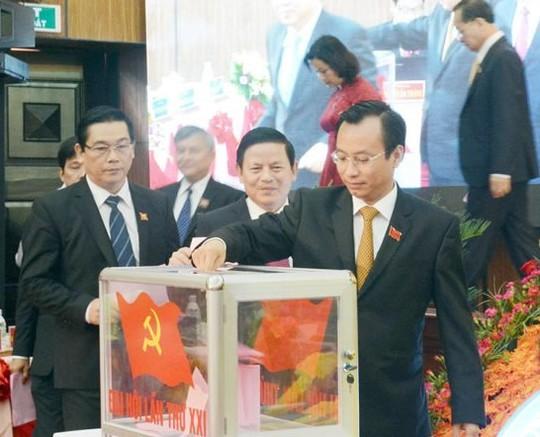 Tân Bí thư Thành ủy Đà Nẵng công bố điện thoại, email - 2