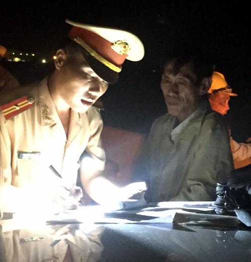 """Thi công """"lén lút"""" trên cao tốc Trung Lương-TP.HCM - 1"""