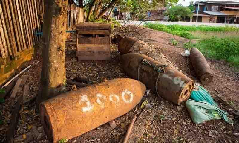 Biến vỏ bom thành vật dụng độc đáo ở Lào - 3