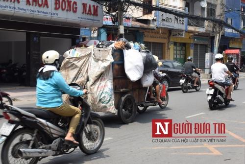 """Cận cảnh xe """"ma"""" sắp bị xử lý nghiêm ở Sài Gòn - 2"""