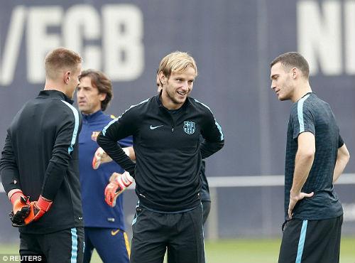 """""""Messi mới là thủ lĩnh Barca, không phải Neymar"""" - 6"""