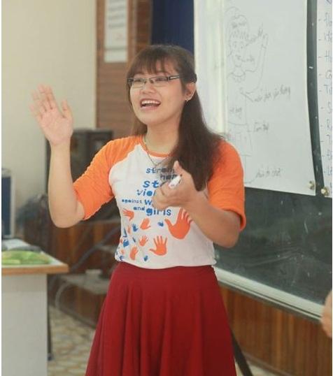 Cô gái giúp người câm điếc hòa nhập với cộng đồng - 1