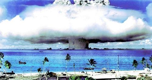 Khám phá hòn đảo nguy hiểm mang tên Bikini - 1