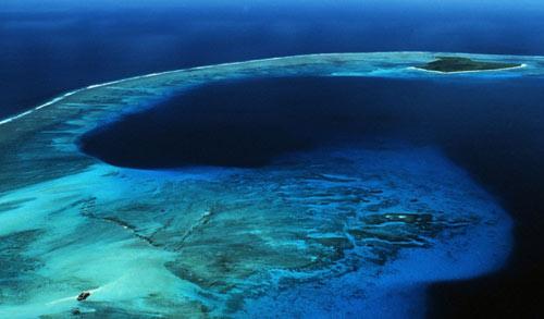 Khám phá hòn đảo nguy hiểm mang tên Bikini - 2