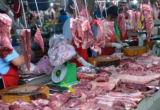 Phát hiện đồng loạt thịt, rau, thủy sản có hóa chất vượt ngưỡng - 1