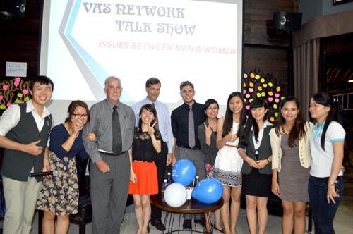 Anh Văn Hội Việt Úc ưu đãi 50% học phí mừng sinh nhật 8 tuổi - 2