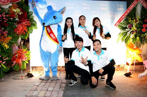Anh Văn Hội Việt Úc ưu đãi 50% học phí mừng sinh nhật 8 tuổi - 4