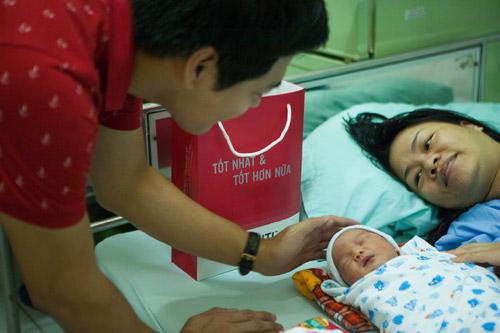 Quý tử nhà MC Phan Anh đòi bố phải sinh thêm em bé - 10