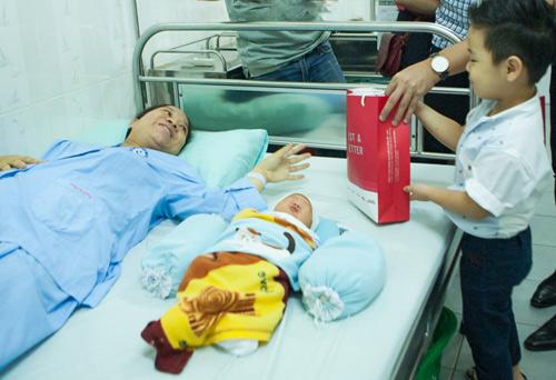 Quý tử nhà MC Phan Anh đòi bố phải sinh thêm em bé - 3