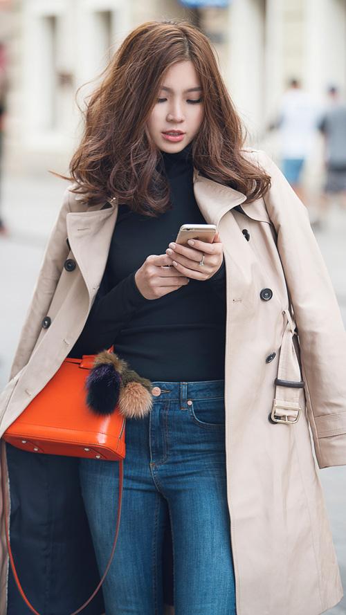 Diễm Trang mặc sành điệu trên phố Ba Lan - 3