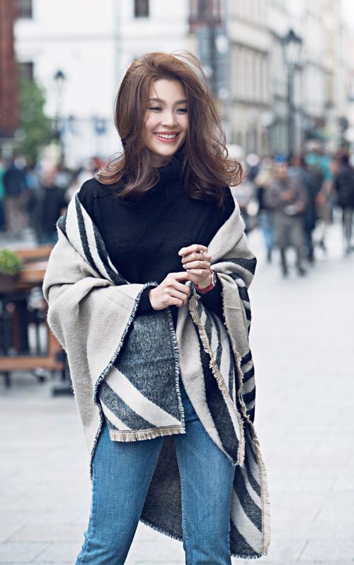 Diễm Trang mặc sành điệu trên phố Ba Lan - 6