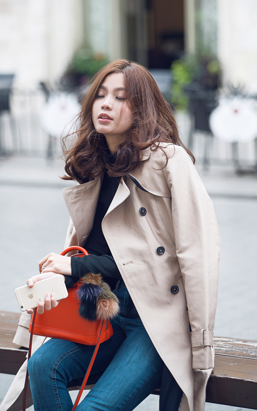 Diễm Trang mặc sành điệu trên phố Ba Lan - 4