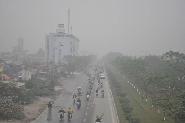Ảnh: Hà Nội ẩn hiện trong sương mù mùa thu - 3