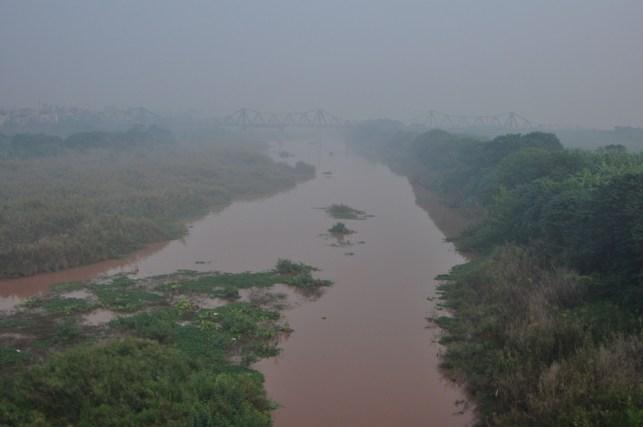 Ảnh: Hà Nội ẩn hiện trong sương mù mùa thu - 7