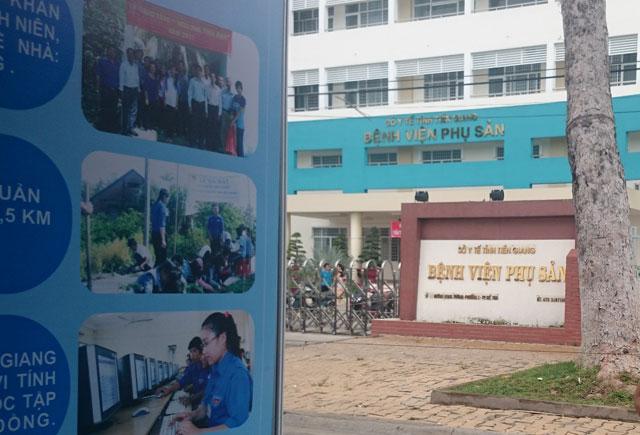 Phong tỏa cổng bệnh viện để... làm hội chợ - 3