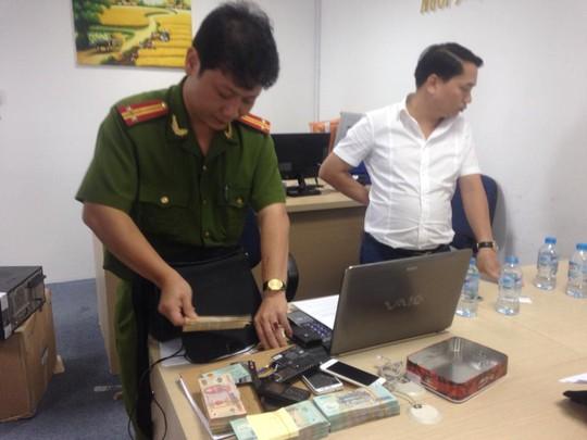 Bộ Công an lại đánh úp sàn vàng lậu tại TP HCM - 1