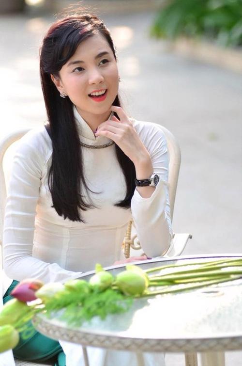 """Nụ cười """"vạn người mê"""" của BTV thời tiết Mai Ngọc - 4"""