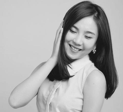 """Nụ cười """"vạn người mê"""" của BTV thời tiết Mai Ngọc - 5"""