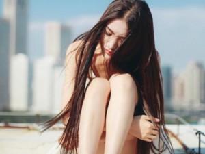 Bạn trẻ - Cuộc sống - Nỗi đau người phụ nữ nhét bao cao su vào ví chồng