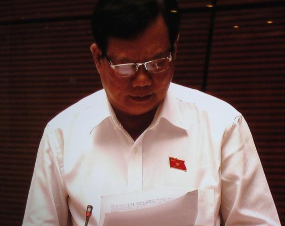 Chỉ 4 người phát biểu, hơn 9 giờ, Quốc hội đã nghỉ họp - 1