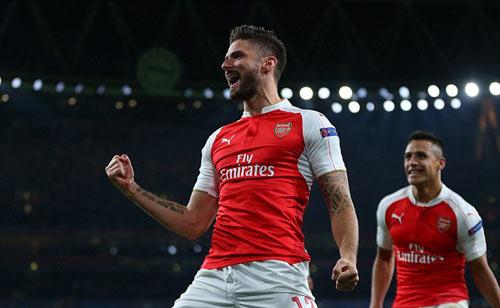 Arsenal hạ Bayern: Cái tay Giroud, cái đầu Wenger - 1