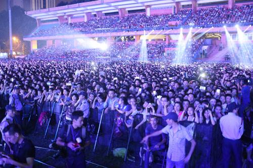 Thanh Lam cực máu lửa trong đêm nhạc kỷ lục tại Hà Nội - 1