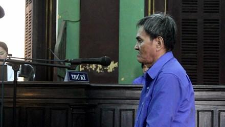 71 tuổi vẫn mang dao đi đoạt mạng hàng xóm - 1