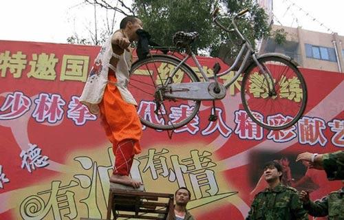 """Máy khoan """"bất lực"""" trước võ tăng Thiếu Lâm - 10"""