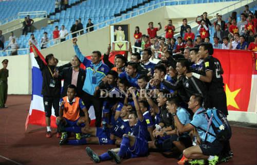 Ai đã giúp bóng đá Thái Lan bỏ xa Việt Nam? - 3