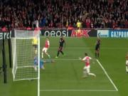 Bóng đá - Bàn thắng khiến khán giả thót tim của Ozil