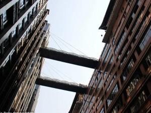 Phi thường - kỳ quặc - Cây cầu đi bộ cao nhất thế giới ở Trung Quốc