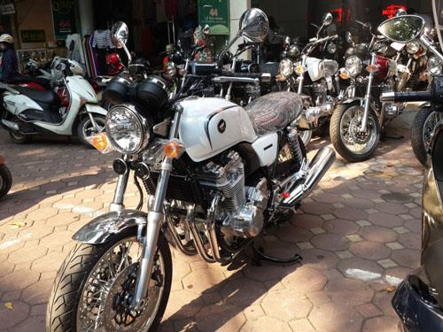 """Hàng """"độc"""" Honda CB1100 EX 2015 ồ ạt vào Việt Nam - 2"""