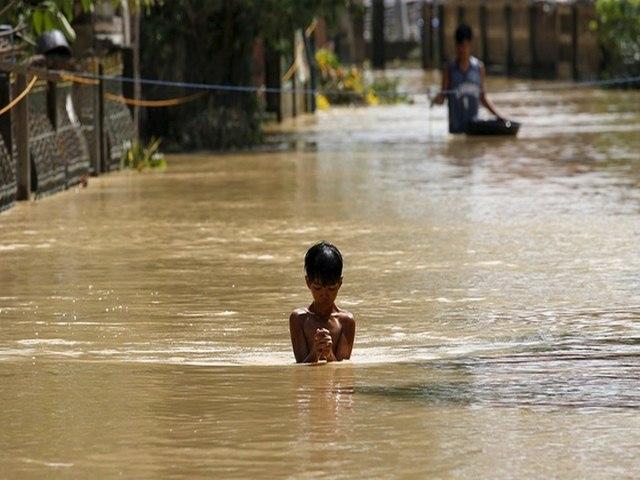 Thảm cảnh sau siêu bão làm 54 người chết ở Philippines - 1