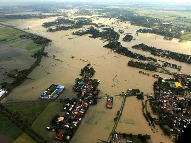 Thảm cảnh sau siêu bão làm 54 người chết ở Philippines - 2
