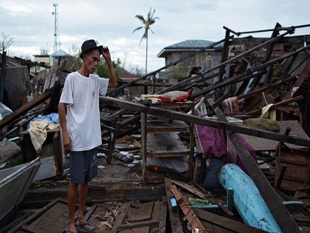 Thảm cảnh sau siêu bão làm 54 người chết ở Philippines - 3