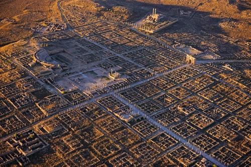 """Timgad: """"Báu vật kiến trúc"""" La Mã suýt bị lãng quên - 3"""