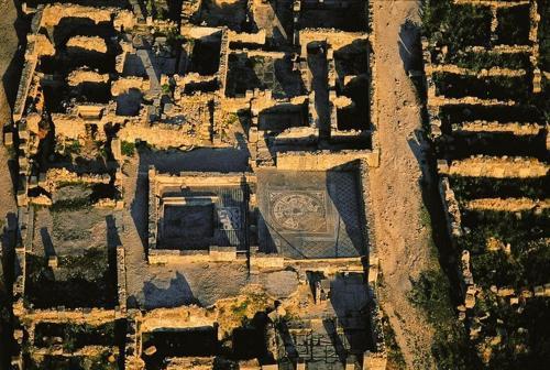 """Timgad: """"Báu vật kiến trúc"""" La Mã suýt bị lãng quên - 4"""