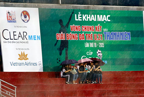 Hình ảnh ấn tượng ngày khai mạc giải U21 Clear Men Cup - 7