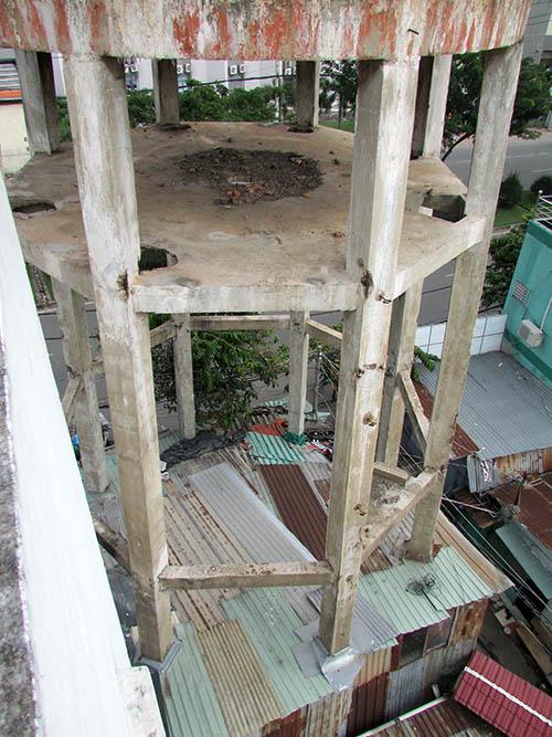 """Cận cảnh thủy đài khổng lồ sắp được """"hóa kiếp"""" ở Sài Gòn - 7"""