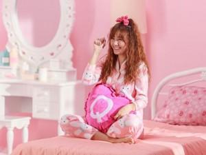 "Ca nhạc - MTV - Hari Won mặc đồ ngủ ""quậy"" cùng ST.319"