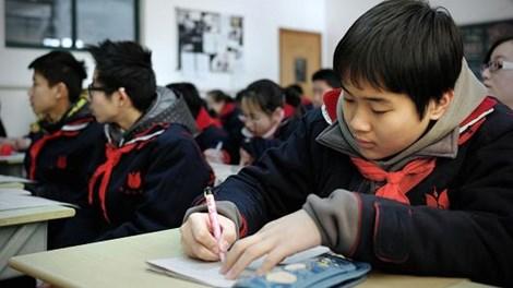 Cuộc chiến giành giáo viên lương 11 triệu USD ở Hong Kong - 2
