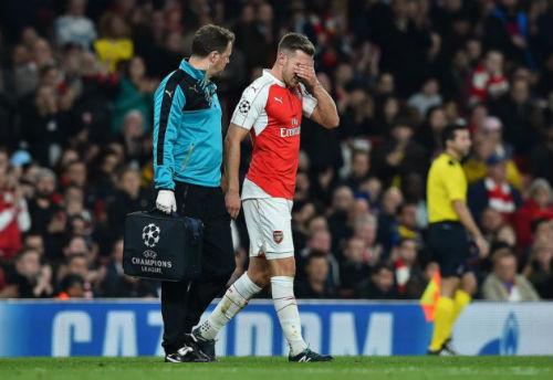 """Arsenal: Coi chừng sau """"bay cao"""" là ngã đau - 2"""