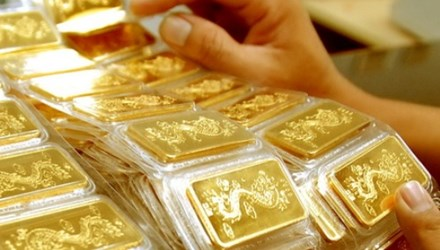 Thị trường vàng, đô thi nhau giảm giá - 1