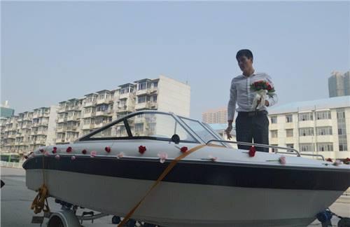 Cầu hôn bằng du thuyền chàng trai bị từ chối phũ phàng - 4