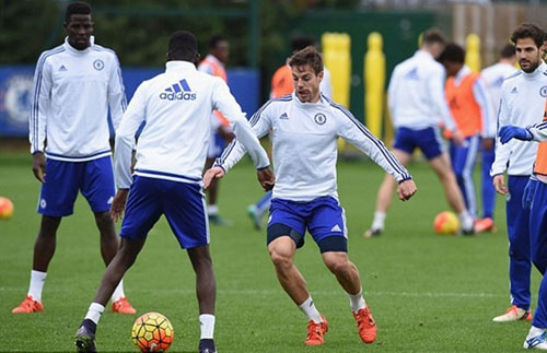 Chi tiết West Ham - Chelsea: Không thể đứng vững (KT) - 15