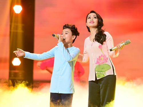 """Nhiều nghi vấn quanh ngôi """"The Voice Kids"""" Hồng Minh - 2"""