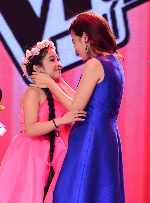 """Nhiều nghi vấn quanh ngôi """"The Voice Kids"""" Hồng Minh - 3"""
